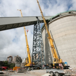 250 ton and 80 ton crane working in Drogheda