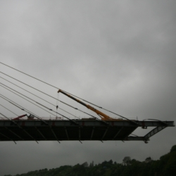 200 ton liebherr working on suir bridge Waterford