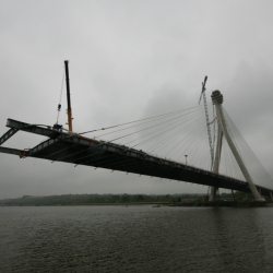 200 ton liebherr working on suir Cable-stayed bridge
