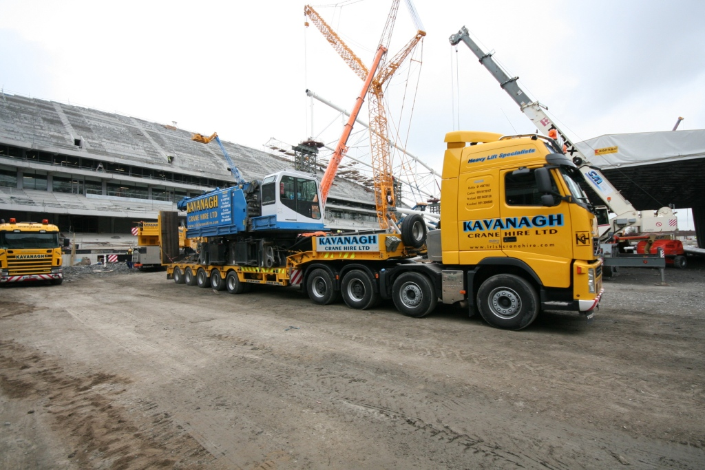 Volvo Truck 8x4 And 5 Axle Stepframe Cranes